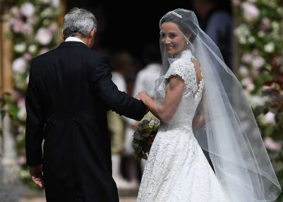 Pippa-Middleton-R-is-escorted-by-her